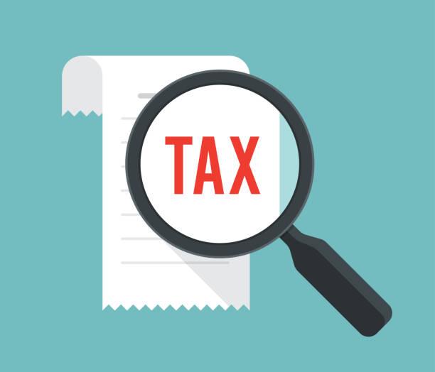 ilustraciones, imágenes clip art, dibujos animados e iconos de stock de concepto de finanzas impuestos con bill y la lupa. ilustración de vector - taxes