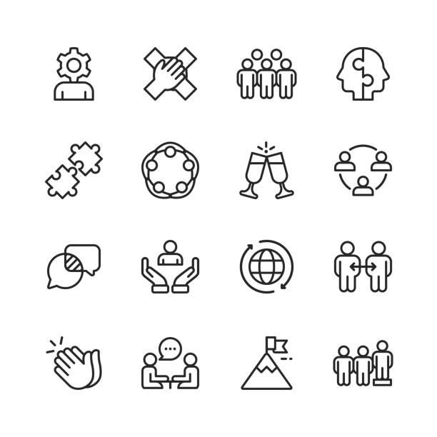 bildbanksillustrationer, clip art samt tecknat material och ikoner med teamwork linje ikoner. redigerbar stroke. pixel perfekt. för mobil och webb. innehåller sådana ikoner som hierarki, pussel, affärs strategi, framgång. - gemensam samlingsplats