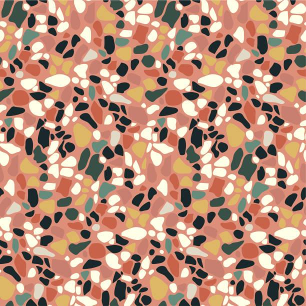 terrazzo bodenbelag mosaik musterdesign. abstrakten geometrischen hintergrund. natürliche kiesel, stein, glas, granit, quarz-collage. - kieselmosaik stock-grafiken, -clipart, -cartoons und -symbole