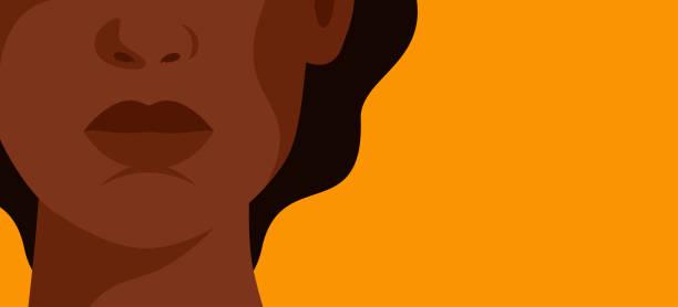 stockillustraties, clipart, cartoons en iconen met het gezicht van een jonge sterke afrikaanse vrouw op gele achtergrond. - alleen één vrouw