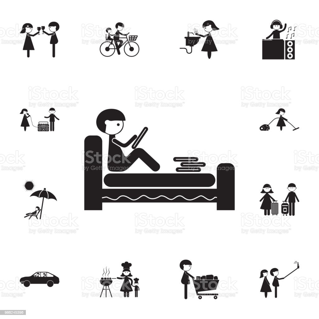 Lit Pour Jeune Homme le jeune homme lit un livre en icône de lit ensemble