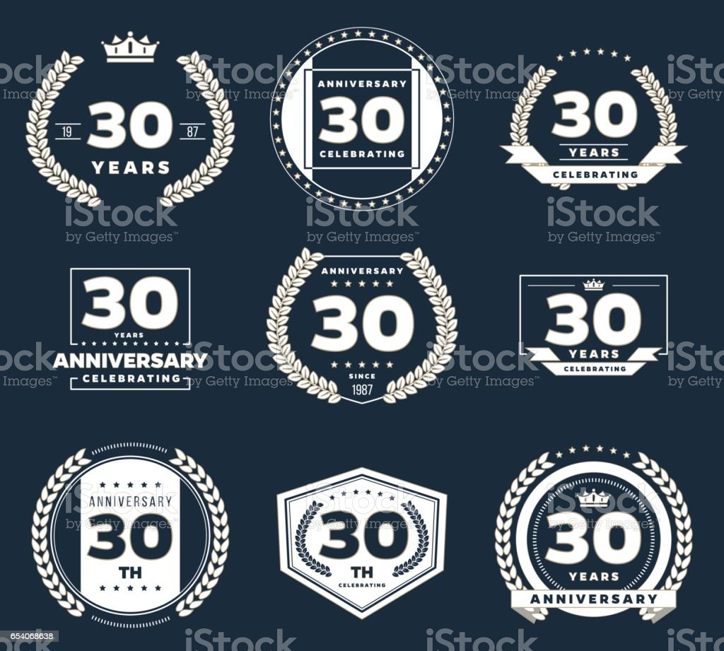 Logotipo del aniversario de treinta años. 30 aniversario logo vintage conjunto. - ilustración de arte vectorial