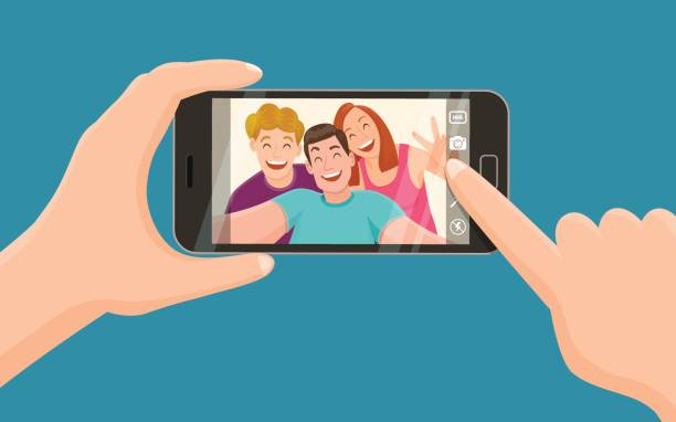 drei freunde, die ein selfie - selfie stock-grafiken, -clipart, -cartoons und -symbole