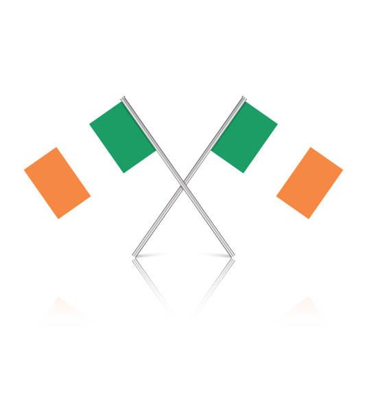 ilustraciones, imágenes clip art, dibujos animados e iconos de stock de pequeñas banderas irlandesas sobre fondo blanco reflectante - bandera irlandesa
