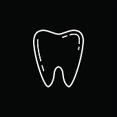 Tooth line icon, Dental and medicine, vector graphics, a linear pattern on a black background, eps 10.