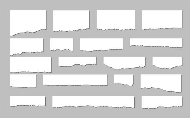 ilustrações, clipart, desenhos animados e ícones de folhas de papel rasgadas. um jogo do papel rasgado e das tiras de papel em um fundo escuro. ilustração do vetor. - papel