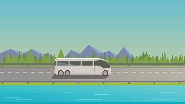 touristischen weißen bus - tour bus stock-grafiken, -clipart, -cartoons und -symbole