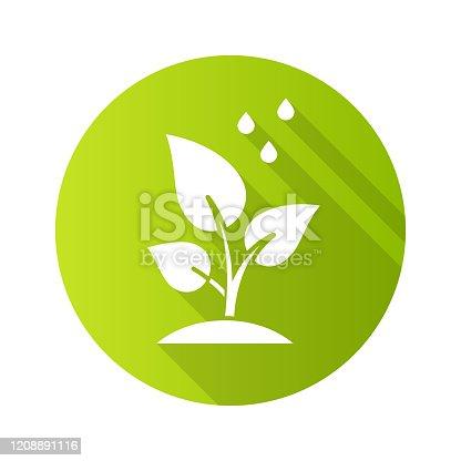 Árvores plantando um ícone de glifo de sombra longa. Projeto voluntário do reflorestamento. Pequenas gotas de plantas e água. Cuidado com mudas jovens. Florestal. Atividade social. Ilustração da silhueta vetorial