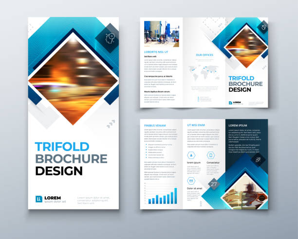 projekt broszury trifold z kwadratowymi kształtami, szablon firmy dla trzyfold ulotki. kreatywna koncepcja złożona ulotka lub broszura. zestaw - gb075. - broszura stock illustrations