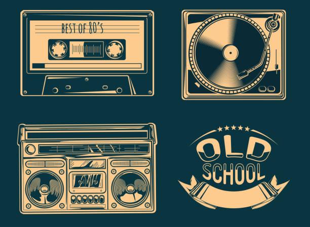 ilustrações, clipart, desenhos animados e ícones de toca-discos, caixa de som e gaveta audio - objetos música retrô - toca discos