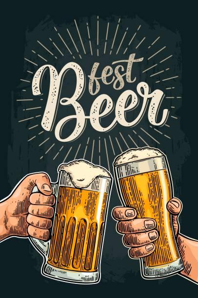 zwei hände halten und klirren mit biergläsern und flasche - einen toast ausbringen stock-grafiken, -clipart, -cartoons und -symbole