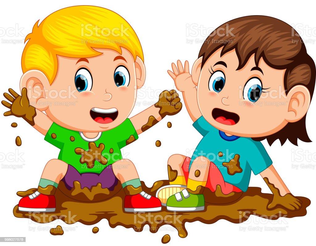 zwei Kinder spielen im Schlamm – Vektorgrafik