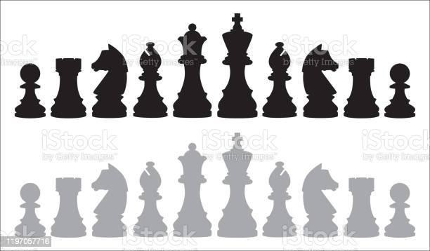 Two Rows Of Chess Pieces - Arte vetorial de stock e mais imagens de Bispo - Peça de Xadrez