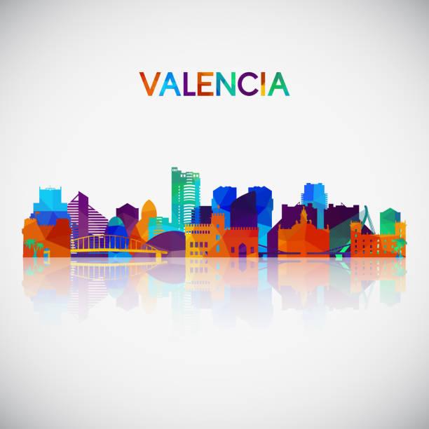 stockillustraties, clipart, cartoons en iconen met valencia skyline silhouet in kleurrijke geometrische stijl. symbool voor uw ontwerp. vector illustratie. - valencia