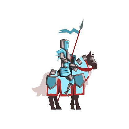 勇敢なロイヤル騎士盾とフラグの馬に乗って光沢のある鎧中世の戦士 ...