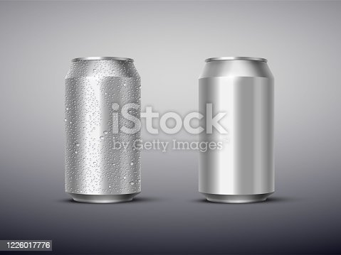 Vector 3D realistic aluminum cans with and without water drops isolated on gray background. Empty templates for beer, alcohol, soda, energy drink. Advertising and presentation design element.