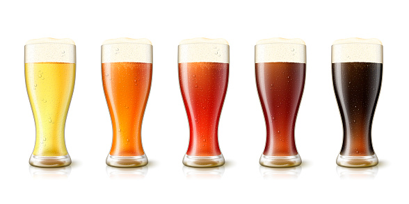 Vector 3d realistic various beers in tall glasses