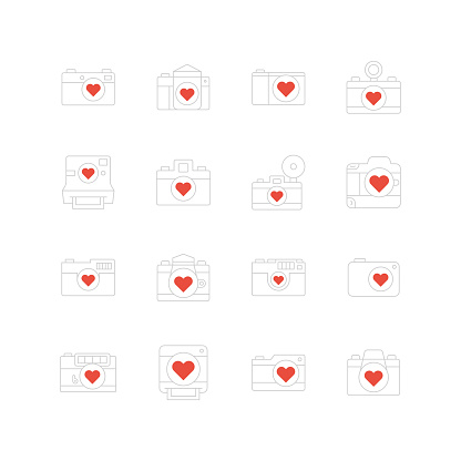Vector Camera with heart symbol