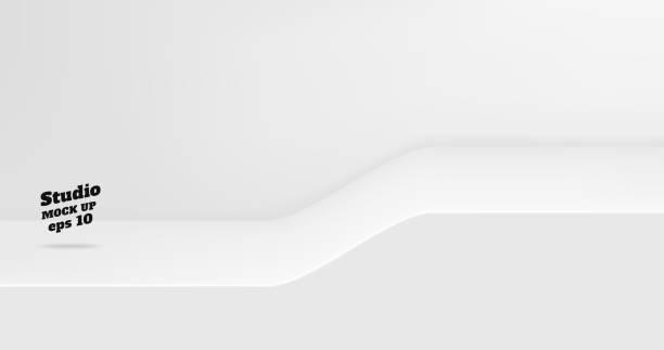Vector Leere weiße Studio-Tisch mit Neigung Schritt Raum Hintergrund, Produktanzeige mit Kopierraum für die Anzeige von Inhalt Design. Banner für die Werbung Produkt auf der Website. – Vektorgrafik