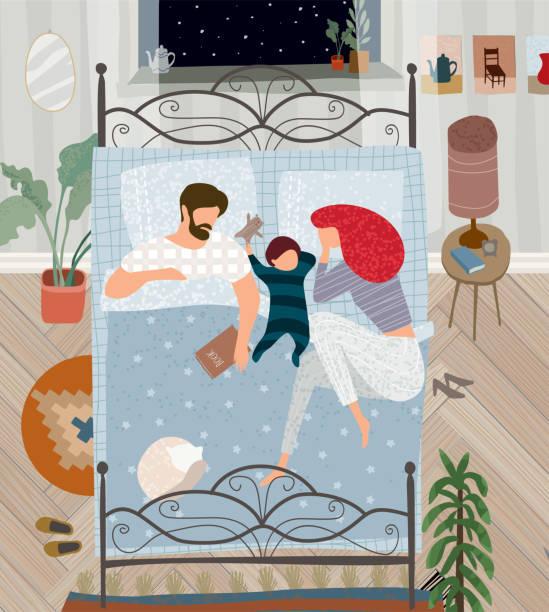 bildbanksillustrationer, clip art samt tecknat material och ikoner med vector flat illustration av en lycklig familj målade i gouache hemma i sovrummet, mor, far, barn och katt sover i sängen i en mysig lägenhet på natten - cosy pillows mother child