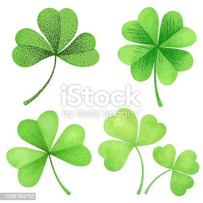 Set hand-drawn leaf clover for St. Patrick's Day