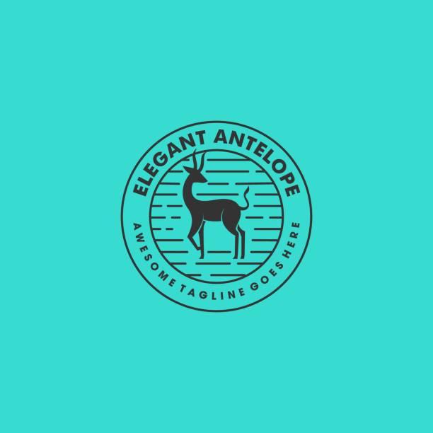 ilustraciones, imágenes clip art, dibujos animados e iconos de stock de ilustración vectorial cuerno ciervo vintage insignia. - hueva