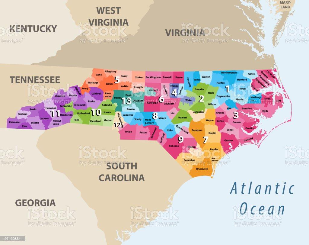 Carolina Del Norte Mapa.Ilustracion De Mapa Del Vector De Distritos Del Congreso De Carolina Del Norte Con Estados Mas Cercanos Y Territorios Y Mas Vectores Libres De