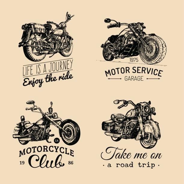Motocicletas vector inspiradores, conjunto de carteles de publicidad. Mano bosquejó ilustraciones para etiquetas de MC. Dibujos de motos detallado. - ilustración de arte vectorial