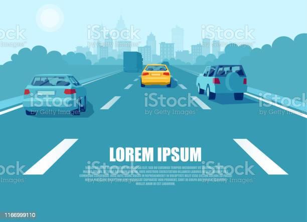 Vettore Di Un Trasporto Cittadino Con Auto E Camion Che Guidano Su Unautostrada - Immagini vettoriali stock e altre immagini di Assonometria