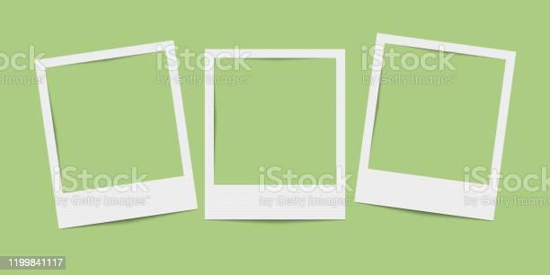 Vektor Realistische Leere Drei Bilderrahmen Stock Vektor Art und mehr Bilder von Alt
