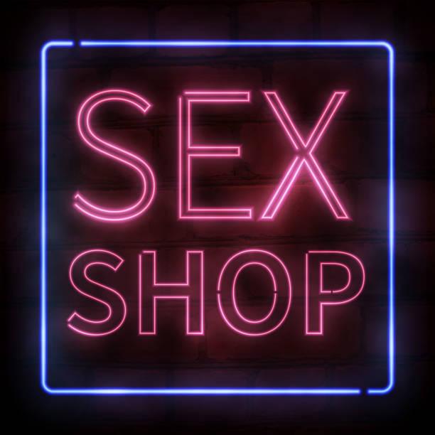 Vector réaliste isolé au néon de texte Sex Shop rose pour la décoration et la couverture sur le fond de mur de brique. - Illustration vectorielle