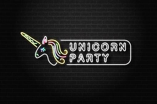 Realistische Vector Geïsoleerd Neon Teken Van Unicorn Partij Logo Voor Decoratie En Bekleding Op De Muur Achtergrond Concept Van Fee En Tiener Vakantie Stockvectorkunst en meer beelden van Als in een droom