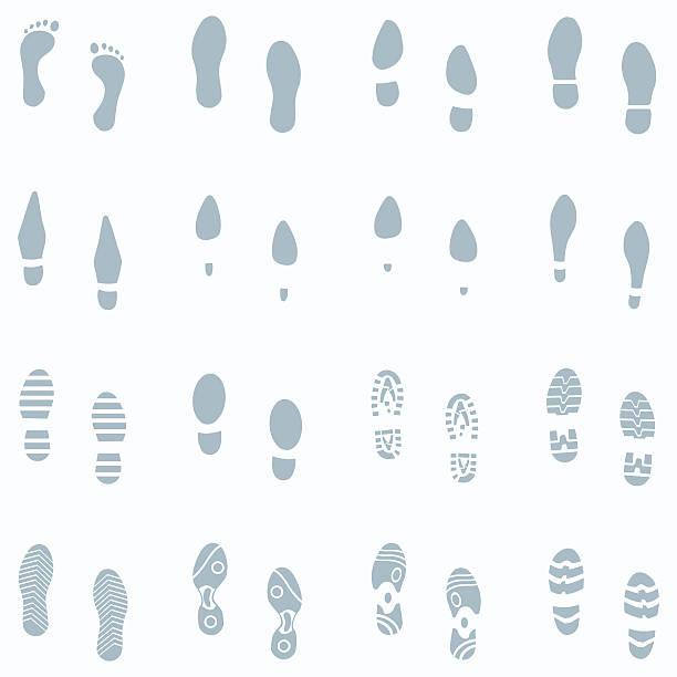 vektor-satz von 16 schuh spuren in den schnee - eleganter schuh stock-grafiken, -clipart, -cartoons und -symbole