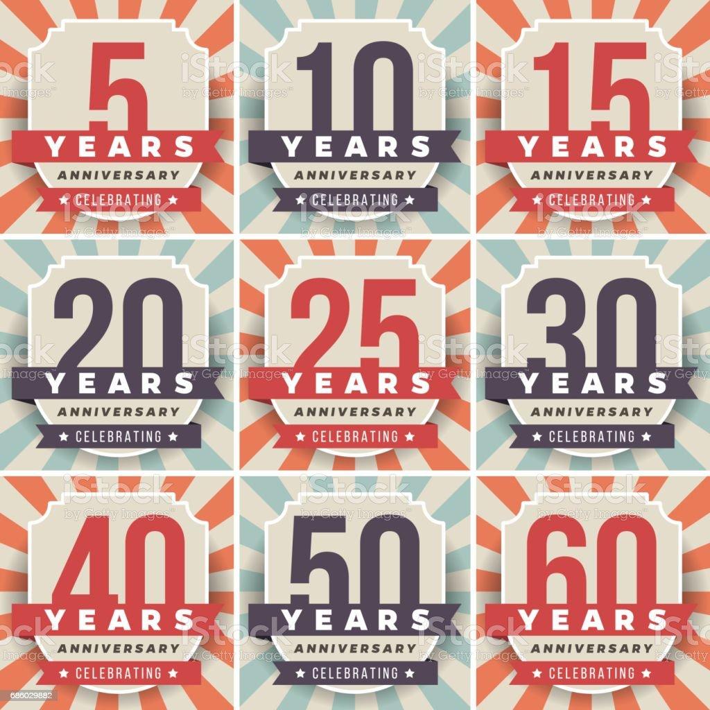 Vector conjunto de símbolos de aniversario. colección de 5, 10, 15, 20, 25, 30, 40, 50, 60 aniversario logo. - ilustración de arte vectorial