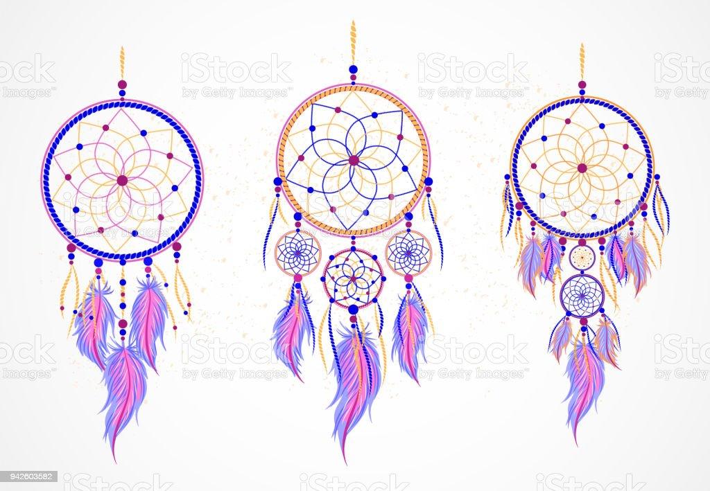 Ensemble de vecteurs de dreamcatchers décoratifs avec des plumes. - Illustration vectorielle