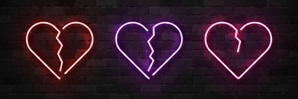 stockillustraties, clipart, cartoons en iconen met vector set van realistische geïsoleerde neon teken van gebroken hart symbool voor sjabloon decoratie en lay-out die betrekking hebben op de muur achtergrond. concept van ongelukkig valentijnsdag. - liefdesverdriet