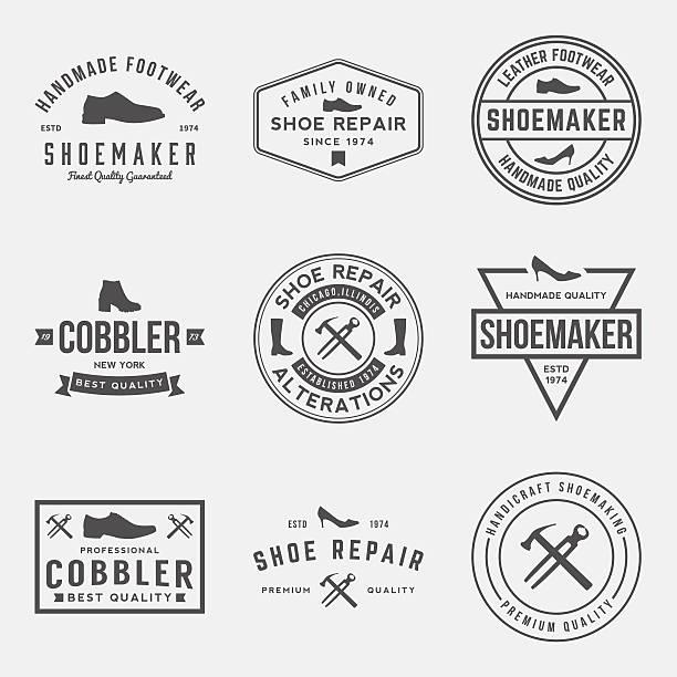 vectorsatz von schuhmacher, reparatur von etiketten und abzeichen schuh - lederverarbeitung stock-grafiken, -clipart, -cartoons und -symbole