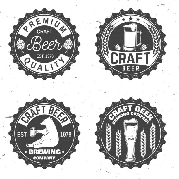 stockillustraties, clipart, cartoons en iconen met vintage design voor bar, pub en restaurant business - bierfles