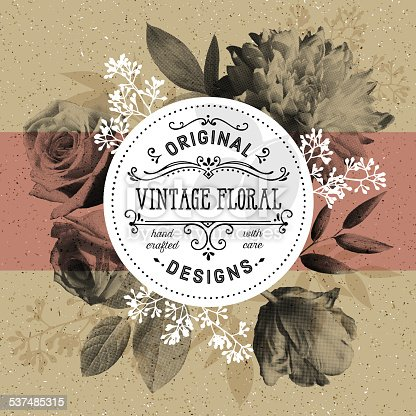 istock Vintage Floral and Modern Circle Frame Over Craft Paper Background 537485315