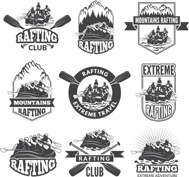 illustrations, cliparts, dessins animés et icônes de vintage étiquettes monochromes pour les sports nautiques dangereuses. symboles de rafting. photos de kayak - sports de pagaie