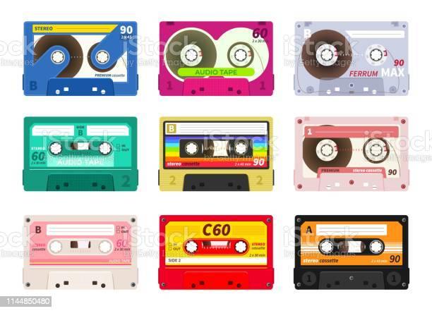 Vintage Music Cassettes Retro Dj Sound Tape 1980s Rave Party Stereo Mix Old School Record Technology Vector Old 90s Cassettes Set - Arte vetorial de stock e mais imagens de 1970-1979