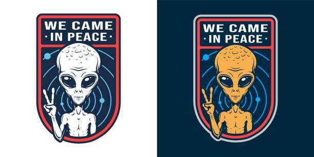 stockillustraties, clipart, cartoons en iconen met vintage ruimte kleurrijke badge - buitenaards wezen
