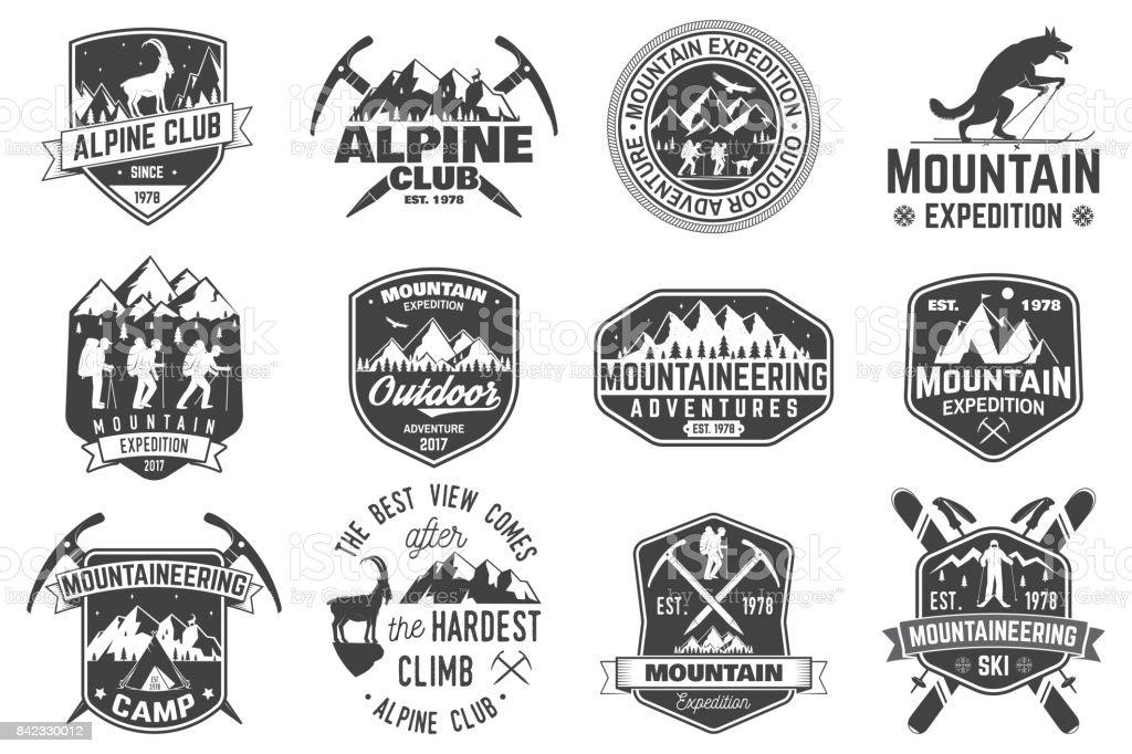 Conception de typographie vintage avec les alpinistes et la silhouette de la montagne - Illustration vectorielle