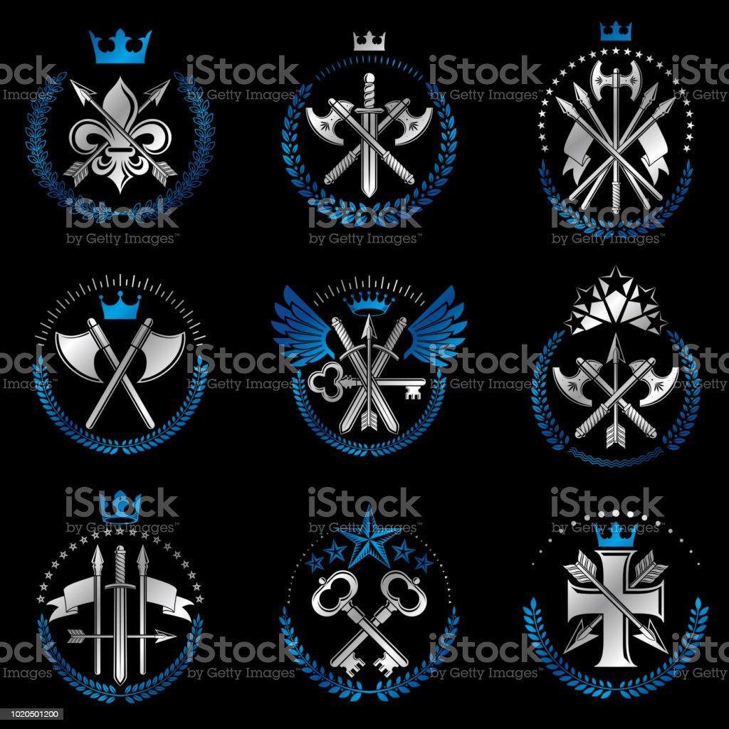 Conjunto de emblemas vintage de arma. Sinais heráldicos vector coleção elementos vintage. - ilustração de arte em vetor
