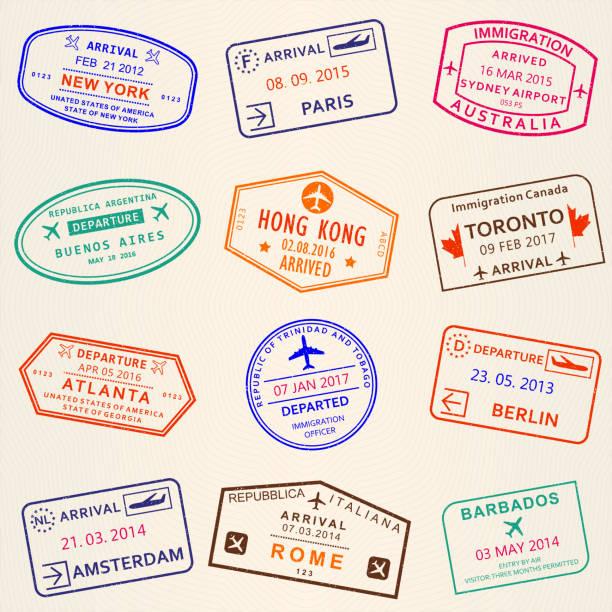 ilustraciones, imágenes clip art, dibujos animados e iconos de stock de conjunto de sello de visa. sellos de salida y llegada de pasaporte. símbolos de viajes internacionales. ilustración de vector. - pasaporte y visa