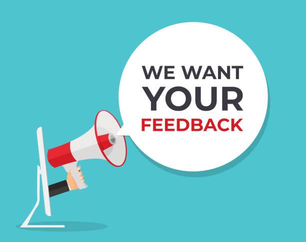ilustrações, clipart, desenhos animados e ícones de queremos seu histórico de comentários. mão com megafone e ilustração vetorial da bolha de fala - feedback
