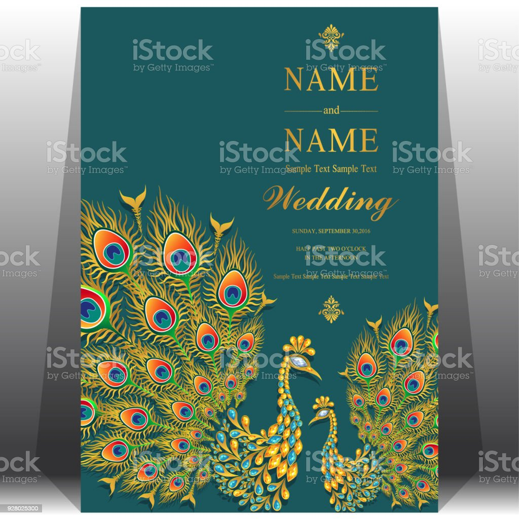 Wedding Invitation Card Templates With Gold Peacock Feathers Patterned And Crystals On Paper Color Background Stockowe Grafiki Wektorowe I Więcej