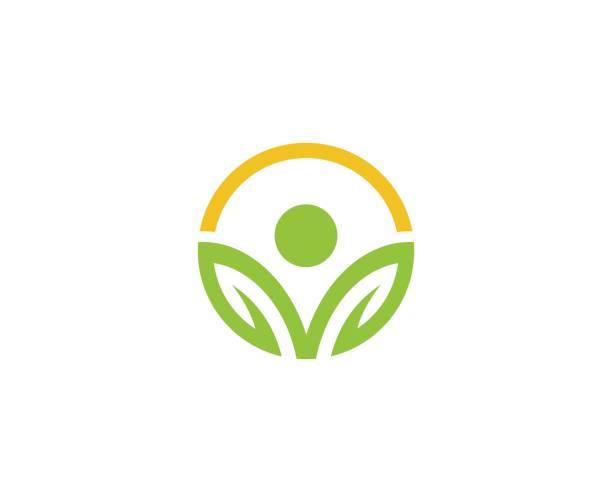ilustraciones, imágenes clip art, dibujos animados e iconos de stock de emblema de bienestar - logos de médico