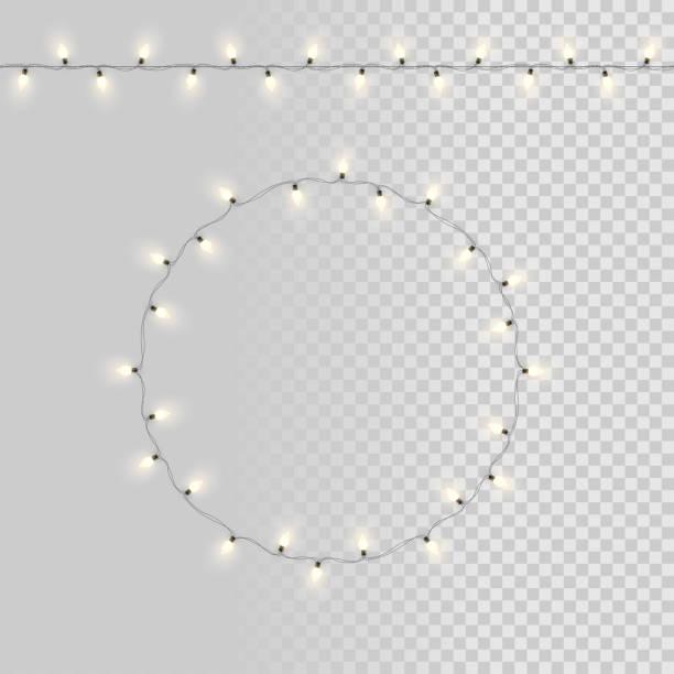 illustrations, cliparts, dessins animés et icônes de guirlandes d'ampoule isolés sur fond transparent. éléments de design vectoriel. - lumière noël