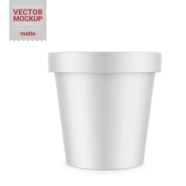 illustrazioni stock, clip art, cartoni animati e icone di tendenza di white matte plastic container mockup. vector illustration. - gelato confezionato